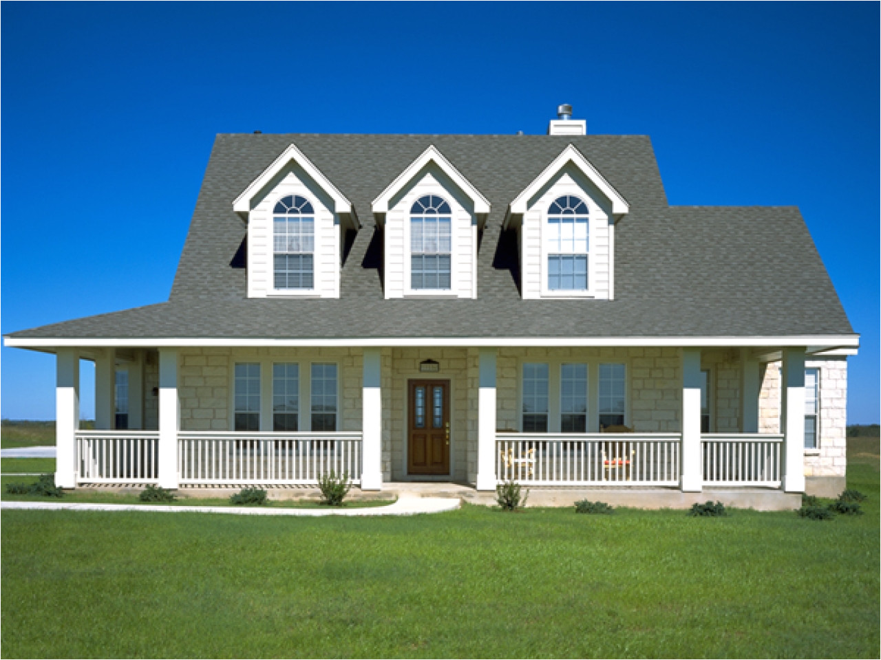 2aa3128eed644a63 small country house plans country home plans with front porch
