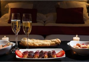 Plan A Romantic Night for Him at Home Romantic Date Night Ideas Luxe Kurves