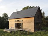 Weekend Home Plans Barn Style Weekend Cabin Embraces the Simple Life Modern